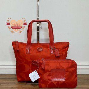 ❤️Coach Signature Nylon Bag & Pouch❤️